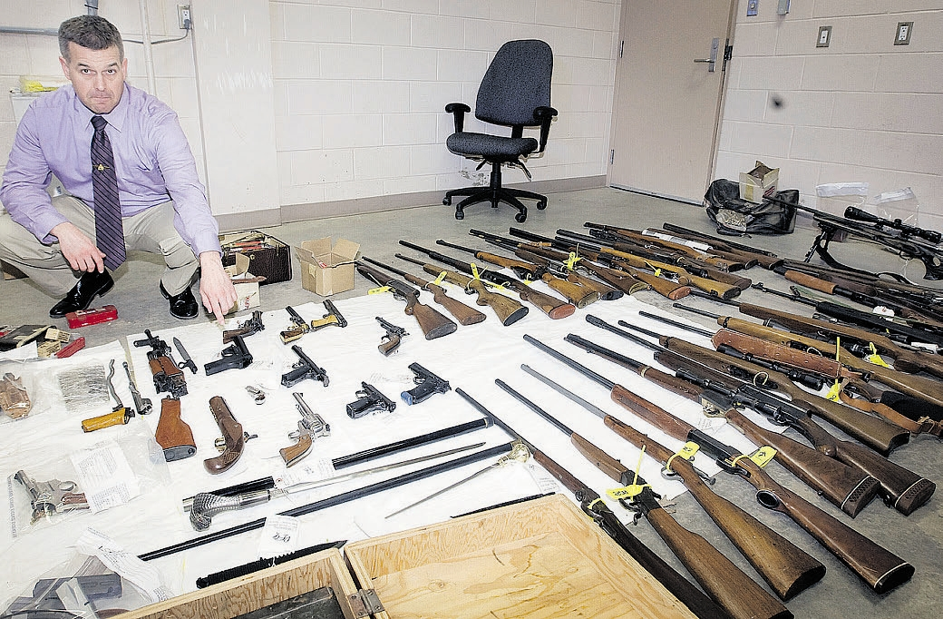 Gun-collector-sentenced-on-weapons-charges